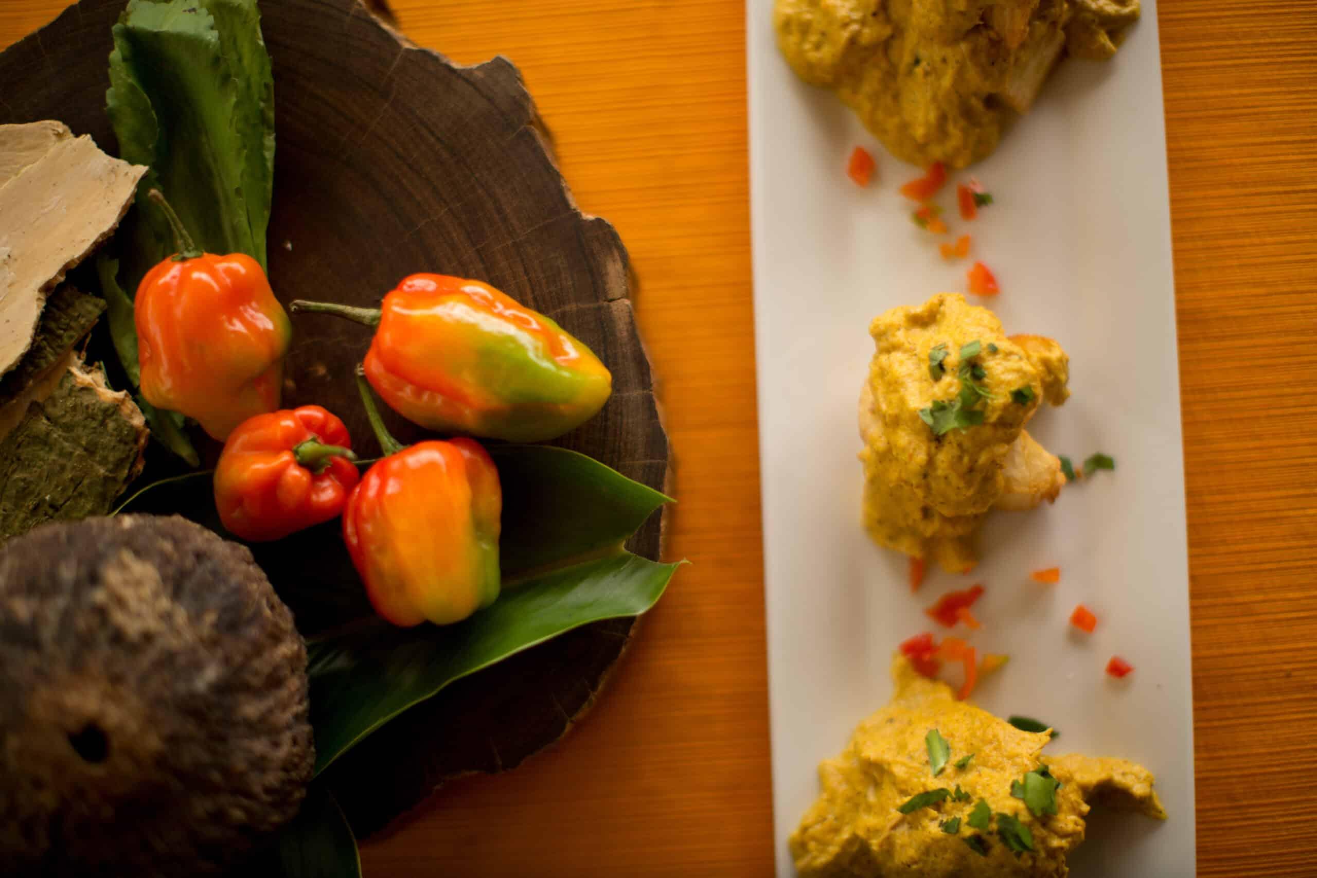 Ají de gallina con castañas. La Vaka Galería & Restaurant.