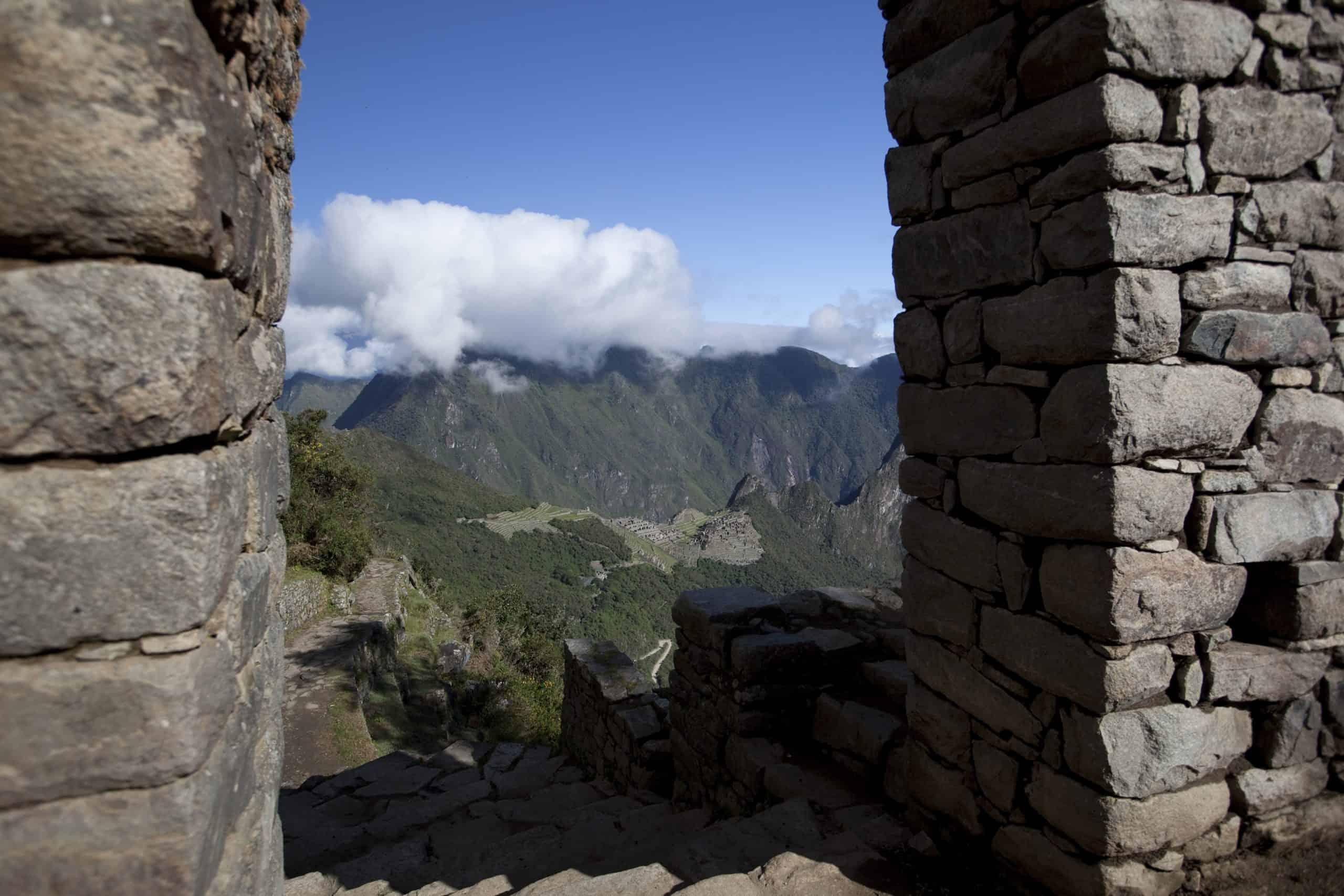 Vista Panorámica del Santuario Histórico Machu Picchu desde Intipunku